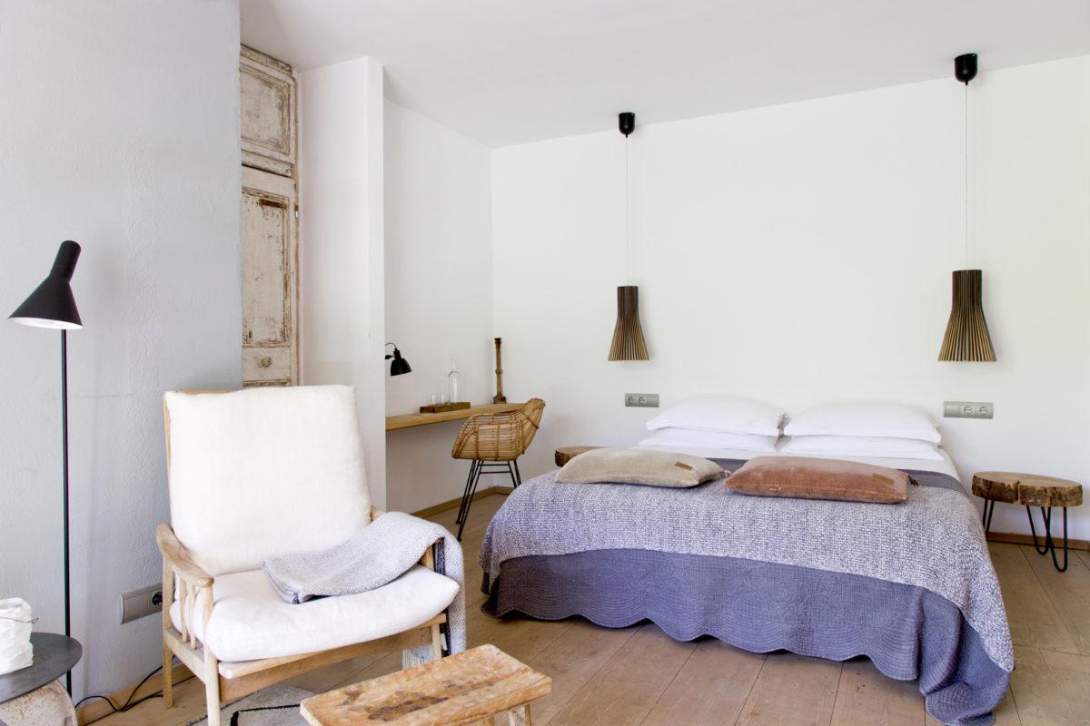 """Chambre """"Agua"""", hôtel Les Hamaques, Catalogne, Espagne."""