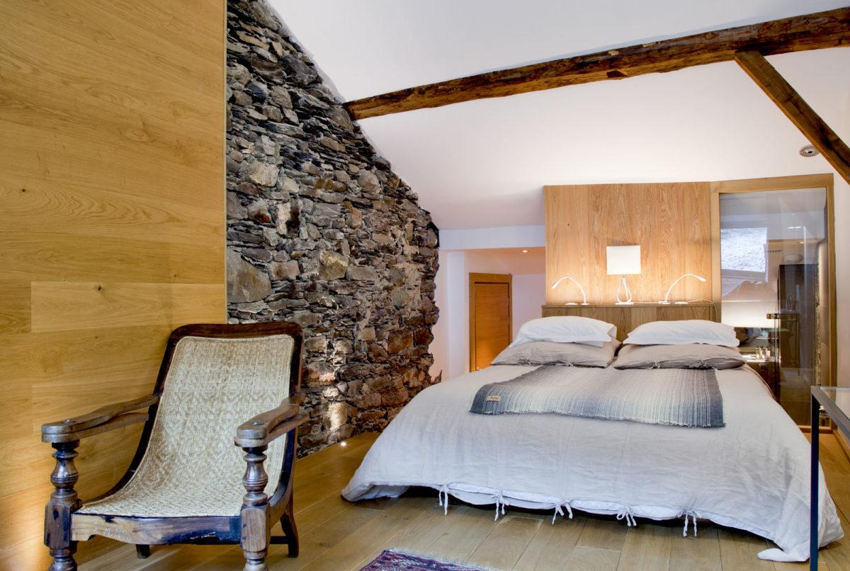 Chambre du Mineral Lodge, en Savoie