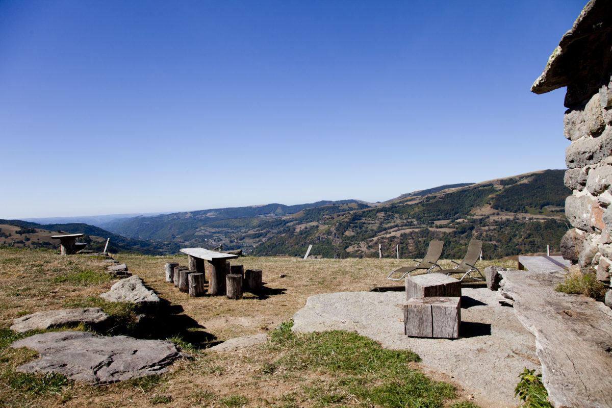 Vue sur la vallée, Buron de la Chambe, Cantal, Auvergne.