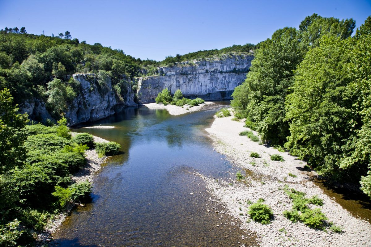 Région sauvage : Les gorges du Chassezac en Ardèche. © Elodie Rothan