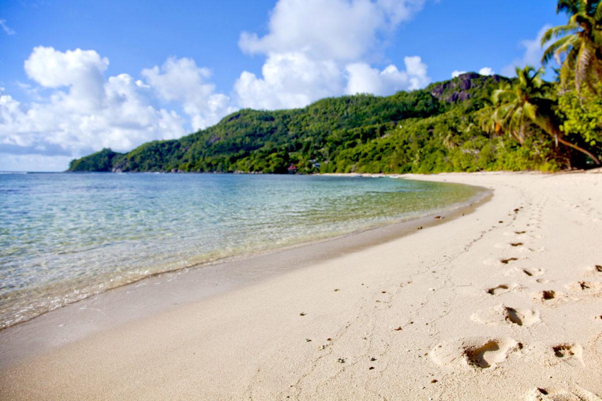Plage d'Anse Forbans, île de Mahé, Seychelles. © Elodie Rothan