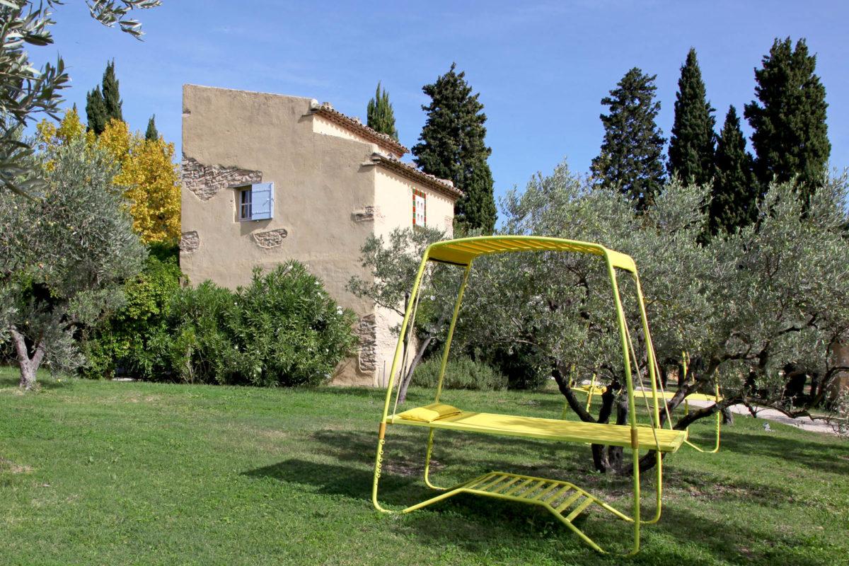 Mobilier outdoor, hôtel Le Hameau des Baux, Alpilles, Provence.