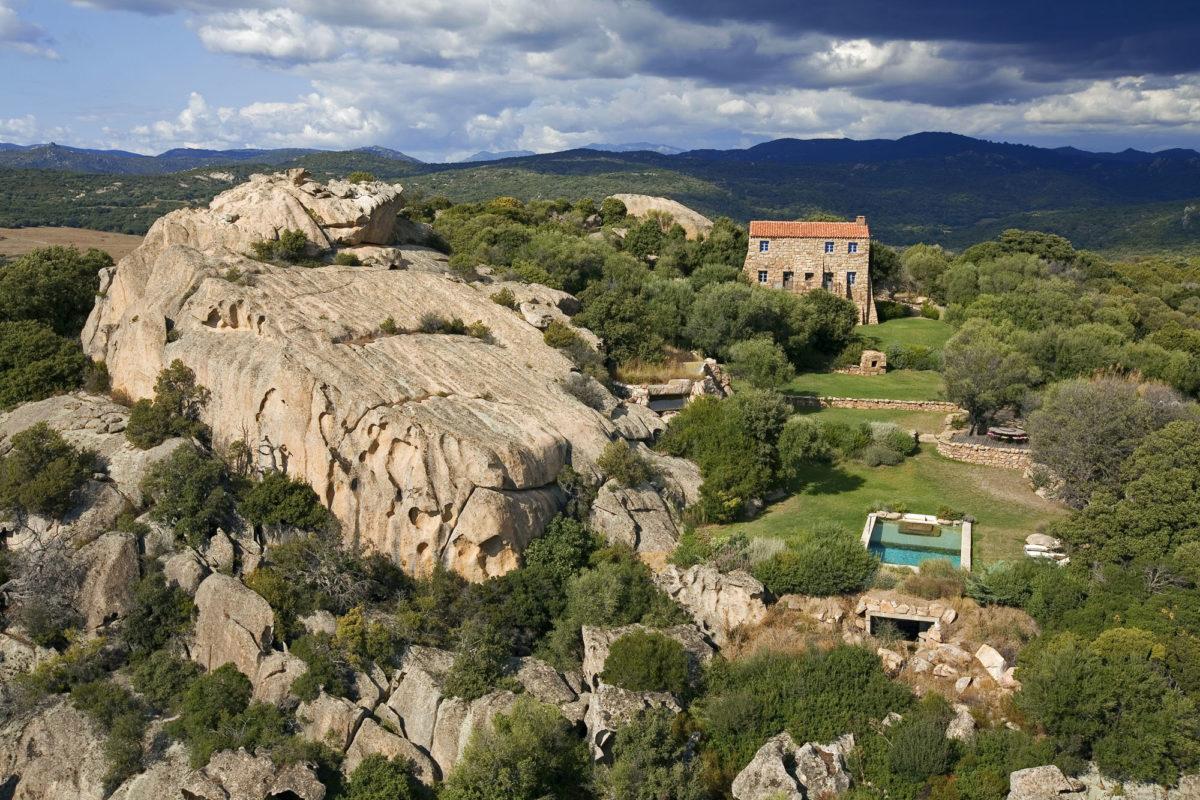 Adresses France : Maison A Liccia, Domaine de Murtoli, Corse du Sud. © Domaine de Murtoli