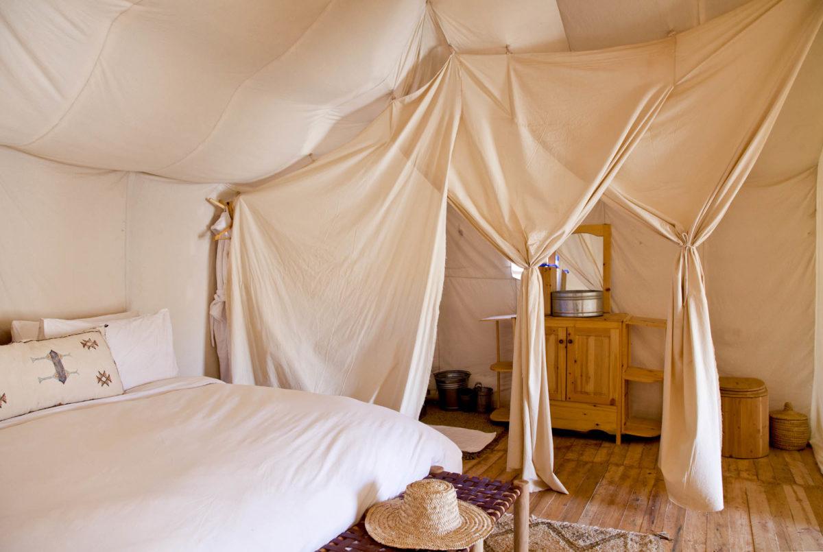 Une vraie salle de bains, Umnya Dune Camp, Maroc. © Elodie Rothan